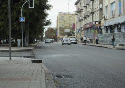 Як злітна смуга: частину бульвару Шевченка встелили новим асфальтом