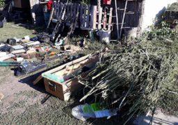 Правоохоронці виявили у черкаського підприємця арсенал зброї та наркотики