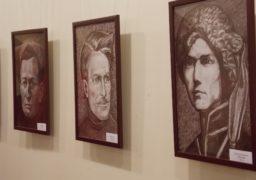 До Дня захисника України черкаський митець відкрив виставку у музеї «Кобзаря»
