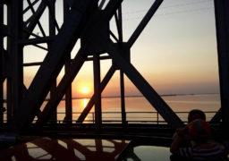 У суботу 11 листопада можливі зміни у графіку руху мостом через Дніпро