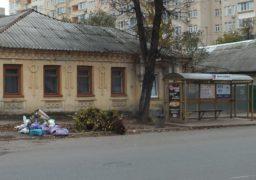 Черкаські комунальники не встигають прибирати місто