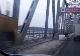 Ремонт проїжджої частини черкаського мосту завершується. Але дороблятимуть ще півроку