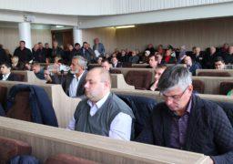 Черкаські депутати не змогли повторно висловити недовіру Савіну