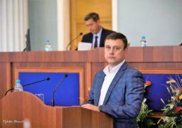 Черкаський посадовець приховує від держави особисті статки