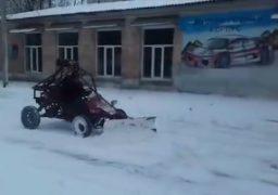 Черкаські студенти розробили авто для прибирання снігу