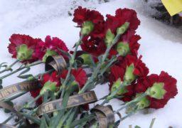 Бійці 128 -ї гірсько-піхотної бригади відвідали могили своїх черкаських побратимів