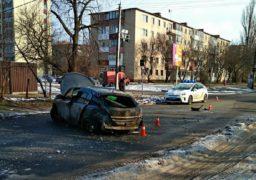 У Черкасах в ДТП постраждав водій, який ймовірно проїхав на червоний