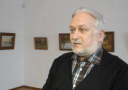 Священик презентував власну виставку черкаських краєвидів