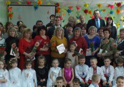 Черкаські жінки-освітяни отримали вітання з нагоди 8 березня