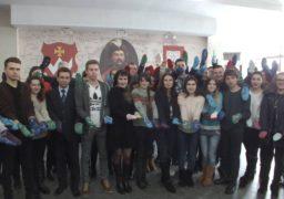 Черкаські студенти влаштували флешмоб до Дня «сонячних» дітей