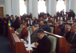 Депутати обласної ради вимагають від Юрія Ткаченка втрутитися в ситуацію з дорогами у Смілі