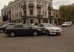 Дві японські автівки зіткнулися в середмісті Черкас