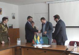 У Черкасах побував литовський посол та представник НАТО
