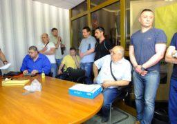 Черкаська територіальна виборча комісія зібралася на засідання, втім нічого не вирішила
