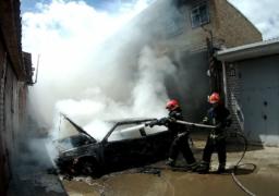 У Черкасах вщент згоріла автівка