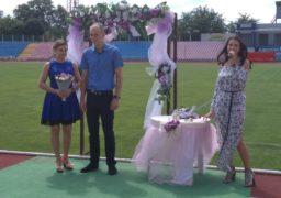 П᾽ятисотий шлюб за добу уклали черкаські однокласники