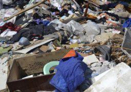 В Черкасах по вулиці Амброса утворилося стихійне звалище