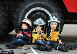 Смілянські рятувальники завітали до дитячого табору