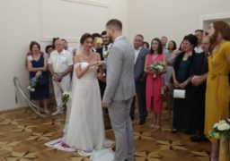 Знак нескінченності: у черкаському Палаці одружень весільний бум
