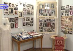 У Кам'янському музеї створили виставку «Весільні фотографії»