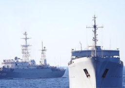 Російський корабель пішов на таран українського буксира