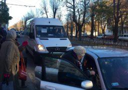 #ПідвезуЧеркаси: небайдужі водії рятують містян із транспортного колапсу