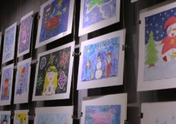 У Черкасах відкрито виставку творчих робіт юних митців