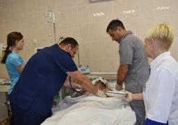 У лікарні Мечникова в Дніпрі рятують тяжко пораненого бійця родом із Черкас