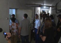 Представники ЦВК вилучають документацію по 198 виборчому округу