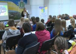 Фахівці Смілянського Центру соціальних служб для сім'ї, дітей та молоді оголосили про старт чергового набору у Школу волонтерів