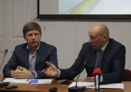 Міські голови Черкащини вимагають передачі владних повноважень на місця