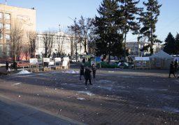 На Майдані у Черкасах революція іде…