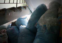 """З 2017 року колектив лікувального закладу """"Астра"""" назбирав 60 тисяч пластикових пакетів"""