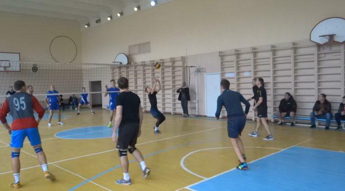 стартував традиційний Відкритий чемпіонат Сміли з волейболу серед аматорських команд сезону 2020 року