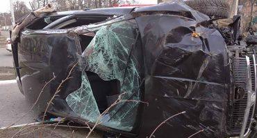 У Черкасах перекинулося авто: постраждали тато та дитина