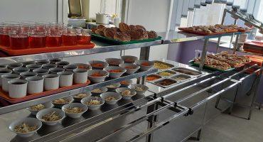 Із 17 лютого в меню шкільної їдальні Білозір'я додано страви із рецептурника Євгена Клопотенка