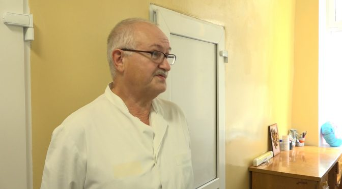 Олександр Топольський: «Якщо є ознаки вірусного захворювання, телефонуйте сімейному лікарю або «103». Самостійно їхати в лікарню ми категорично не радимо»