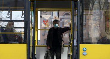 Виконком збільшив дозволену кількість пасажирів у громадському транспорті, який возить медиків