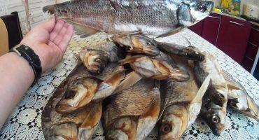 Черкащанка поїла риби власного приготування і захворіла на ботулізм