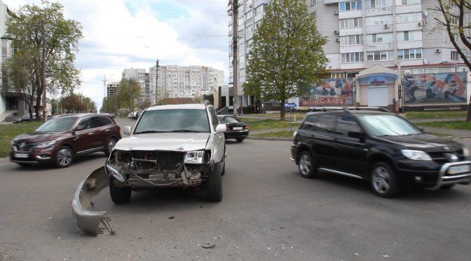 Через недотримання правил дорожнього руху у Черкасах сталася ДТП