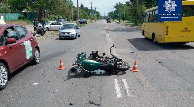 У Черкасах у ДТП загинув мотоцикліст