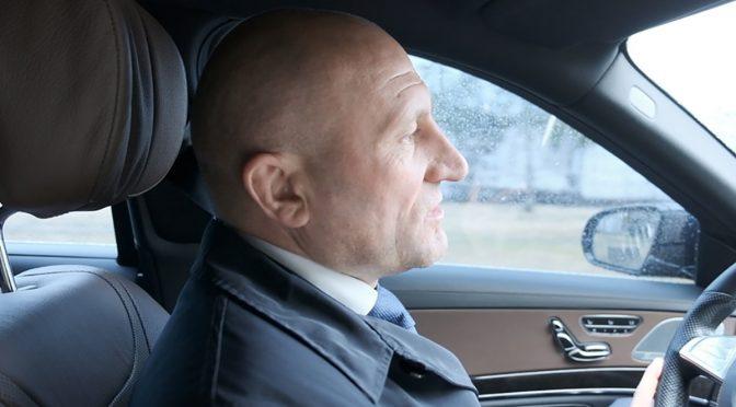Анатолій Бондаренко показав, як відремонтовані вулиці Якубовського та Академіка Корольова у Черкасах
