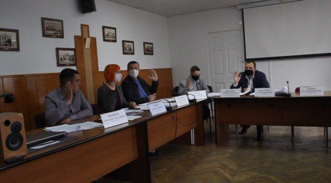 Виконавчий комітет проголосував за демонтаж частини тимчасових споруд у Черкасах
