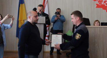 У Черкасах відзначили рятувальників, які у квітні гасили пожежі у зоні відчуження