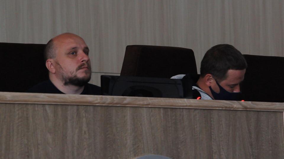 Секретар Черкаської міської ради закрив засідання після того, як депутати не змогли сформувати порядку денного.