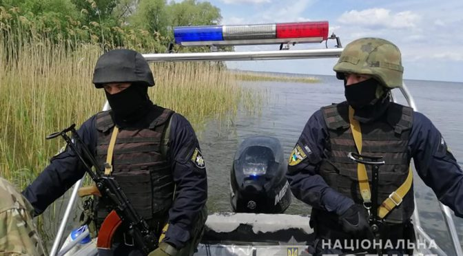 Поліція Черкащини під час операції «Нерест» вилучила близько ста кілометрів сіток