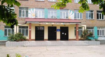 Смілянська мистецька школа запрошує на майстер-класи з розпису, ліплення, виготовлення етнооберегів