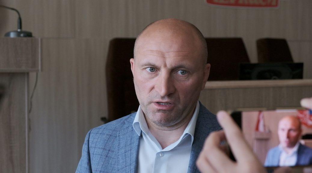 Міський голова Черкас Анатолій Бондаренко