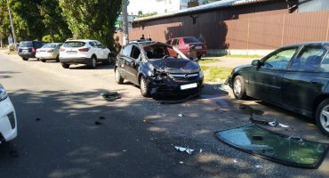У ДТП у Черкасах постраждала водійка автомобіля, що перекинувся