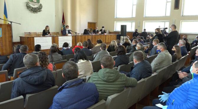 Новообрані депутати Смілянської міськради 8 скликання зібрались на першу сесію